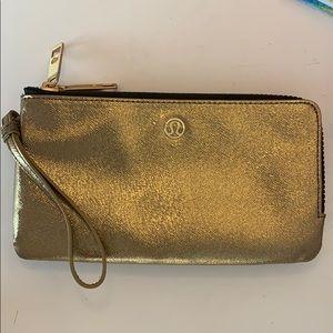 Lululemon clutch/double up pouch